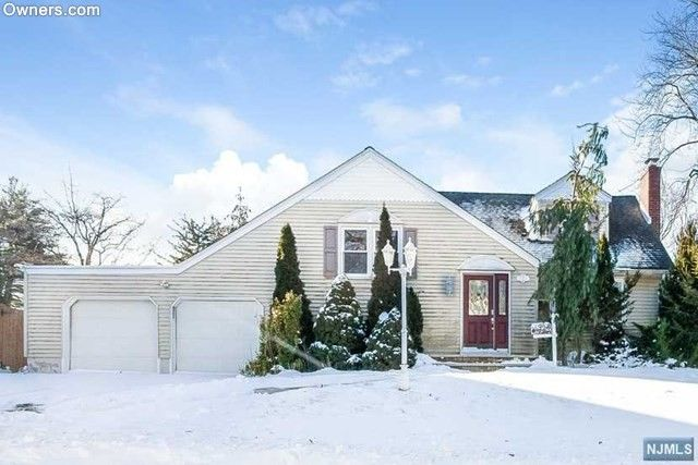 75 Lincoln Ave, Westwood, NJ 07675
