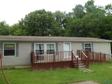 27300 County Road S # M, Fayette, OH 43521