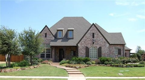 Photo of 653 Scenic Dr, Irving, TX 75039