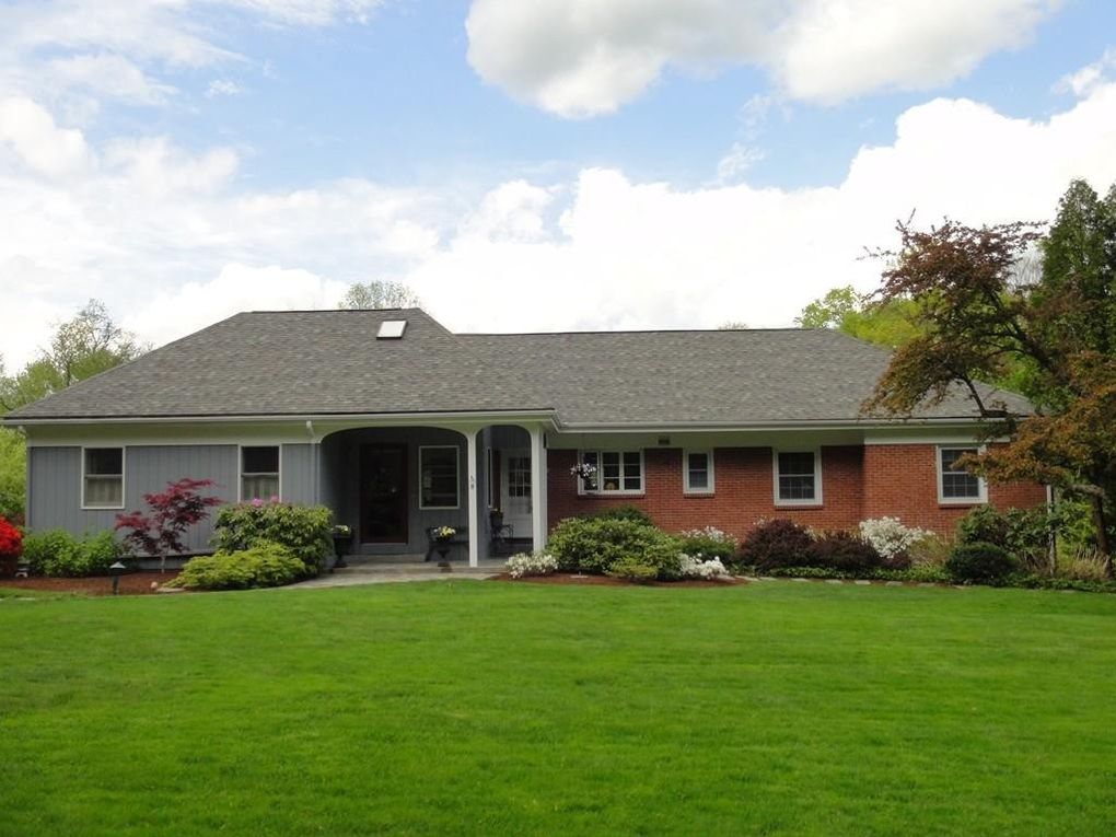 Exceptional 8 Meadow Ln, South Hadley, MA 01075
