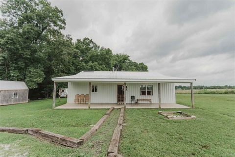 Photo of 650 Spring View Trl, Lewisburg, KY 42256