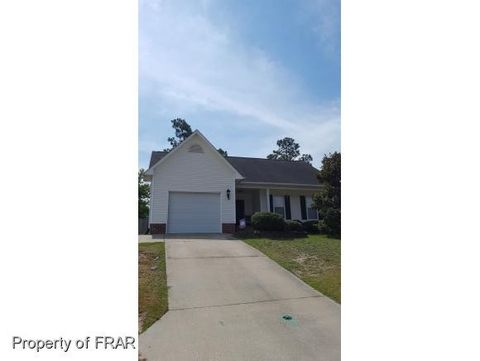 3129 Winesap Rd, Hope Mills, NC 28348