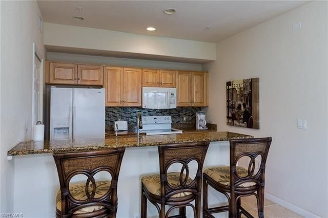 13100 Bella Casa Cir Apt 338, Fort Myers, FL 33966