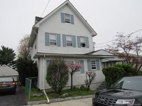 Photo of 69 Grandview Ave, Port Chester, NY 10573