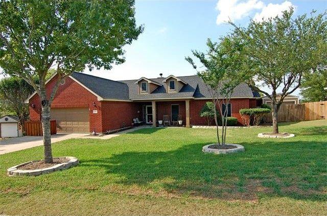 311 Rio Grande Ave, Hutto, TX 78634