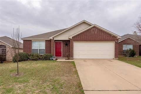 Photo of 115 Truman Ct, Terrell, TX 75160