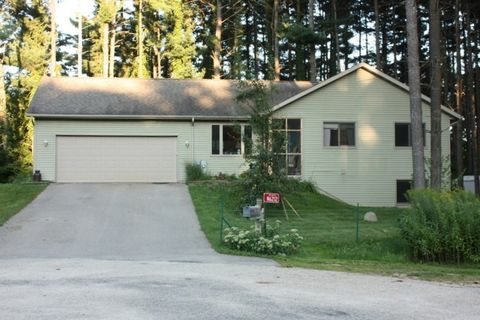 N6212 Pine Haven Rd, Albany, WI 53502