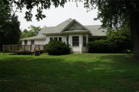 313 North St, Rockbridge, IL 62081