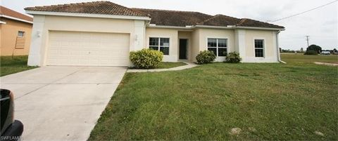 17 Nw 32nd Pl, Cape Coral, FL 33993