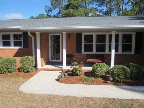 22 Pine Lake Dr, Whispering Pines, NC 28327