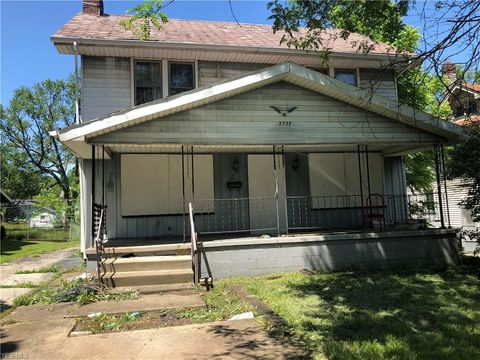 Photo of 2338 E Midlothian Blvd, Youngstown, OH 44502