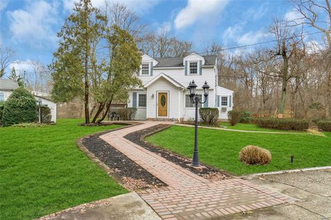Marvelous Waterfront Homes For Sale In Smithtown Ny Realtor Com Interior Design Ideas Apansoteloinfo