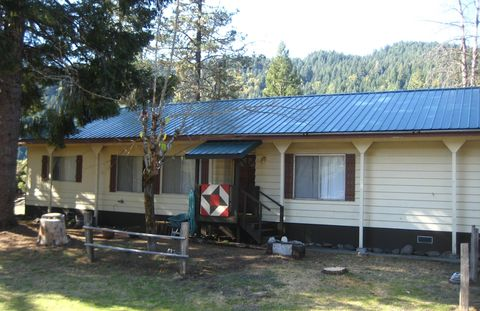 Photo of 2716 Van Duzen Rd, Mad River, CA 95526