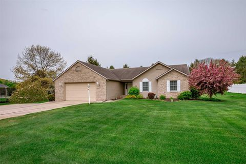 Photo of 51799 Primrose Rd, South Bend, IN 46628