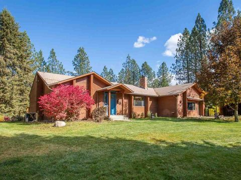Photo of 52058 Eagle View Ln, Ford, WA 99013