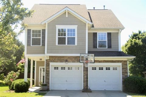 Photo of 517 Marblewood Ct, Fort Mill, SC 29708