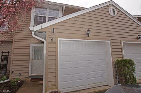 6 Pelican Pt, Hampton, NJ 07860