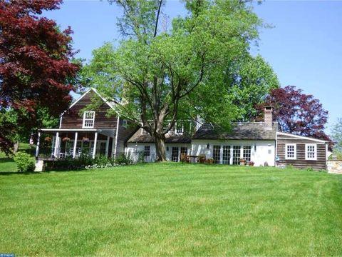 210 Fernwood Rd, Cochranville, PA 19330