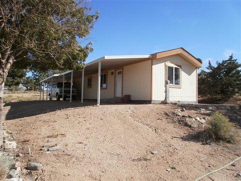 9121 Darwin Rd, Phelan, CA 92371