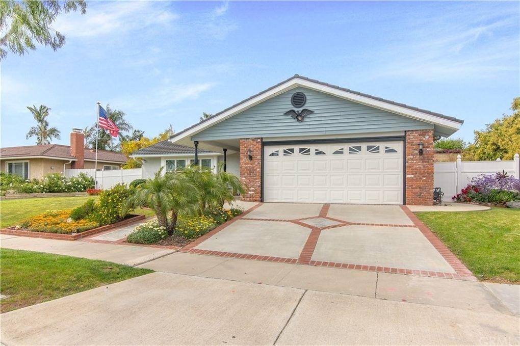 335 W Glenwood Ave, Fullerton, CA 92832