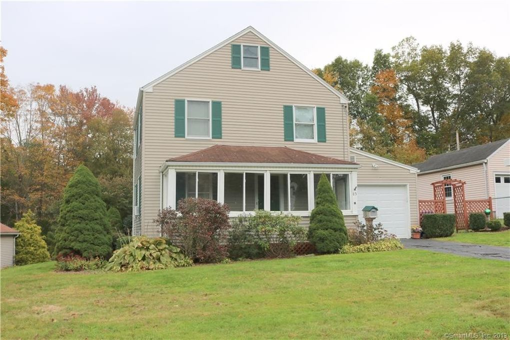 85 Middlefield St, Middletown, CT 06457