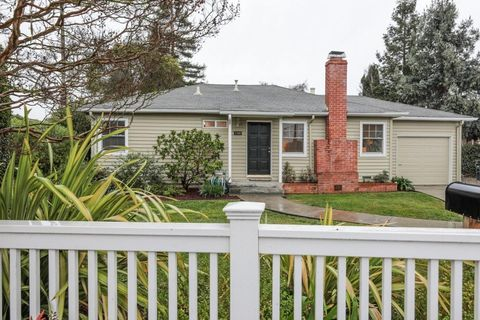 1500 Gordon St, Redwood City, CA 94061