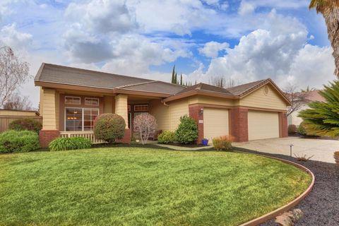 2418 Saint Andrews Dr, Rocklin, CA 95765