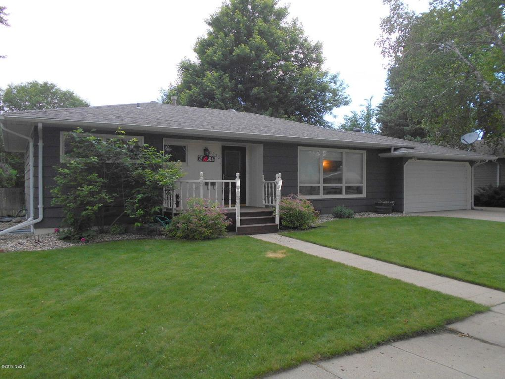 1233 2nd St Nw Watertown Sd 57201 Realtor Com