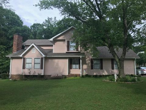 Photo of 129 Overbrook Dr, Rossville, GA 30741