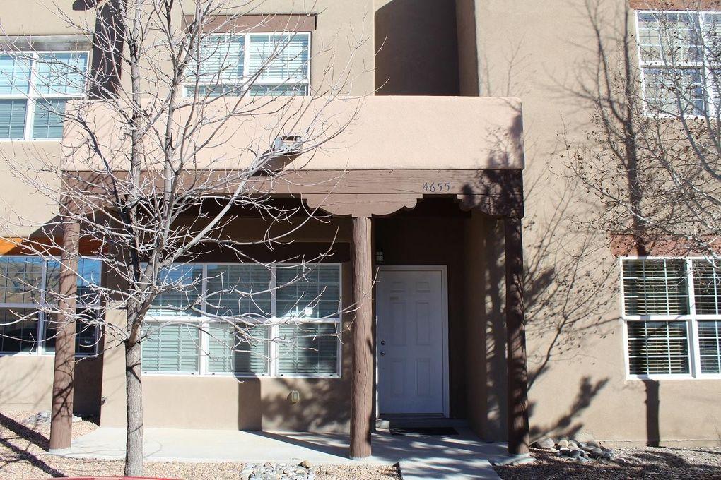 4655 Camino Cuervo Santa Fe, NM 87507