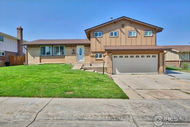 6401 W 72nd Dr, Arvada, CO 80003