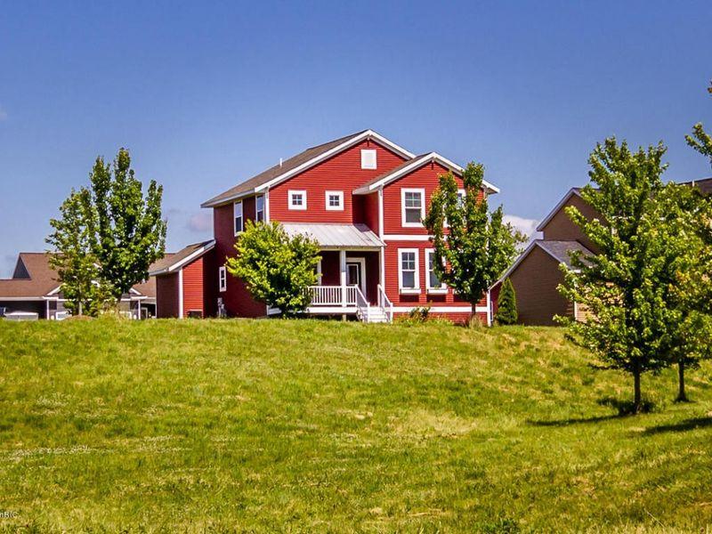 2695 blue stem dr zeeland mi 49464 home for sale and