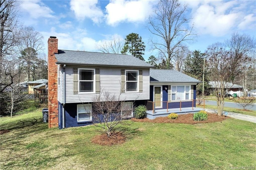 4025 Tipperary Pl Charlotte, NC 28215