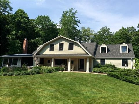 17 Penwood Rd, Bloomfield, CT 06002