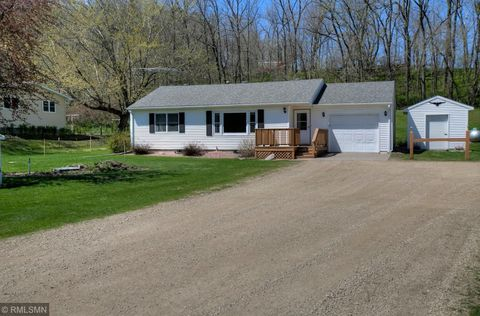 Photo of 28715 County 1 Blvd, Red Wing, MN 55066