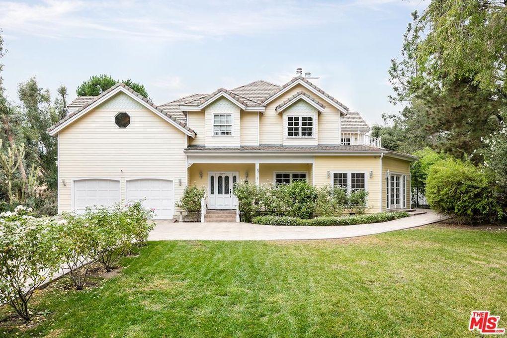 Granada Hills, CA 5-Bedroom Homes for Sale - realtor.com®