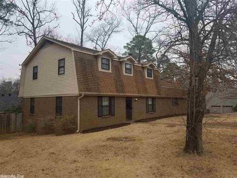 Photo of 18202 Fawn Tree Dr, Little Rock, AR 72210