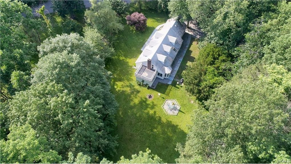 31 Butler Hill Rd, Somers, NY 10589