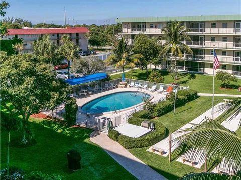 Hampton Gardens Condominiums, Deerfield Beach, FL Real Estate ...