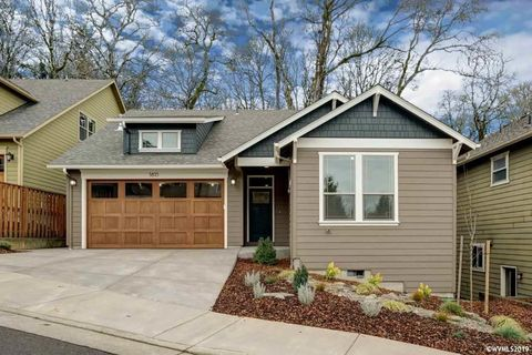 Photo of 5835 Sw Englewood Ave, Corvallis, OR 97333