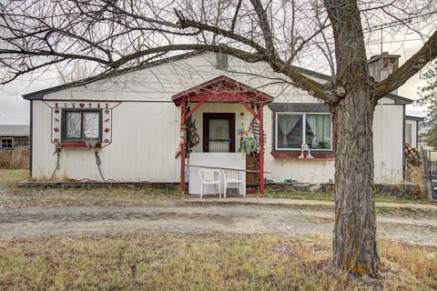Photo of 9 Jaques Rd, Hot Springs, MT 59845