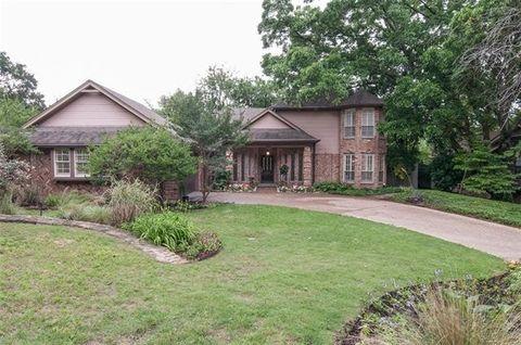 201 Woodpark Ln, Rockwall, TX 75087