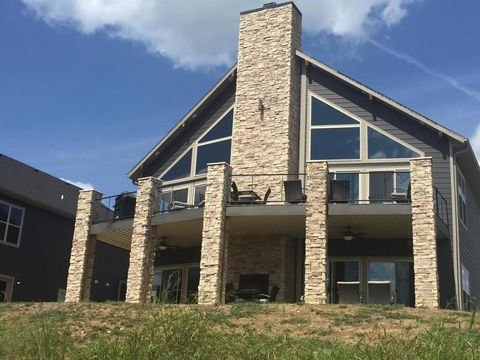 Photo of 162 Antlers Ln, Branson, MO 65616