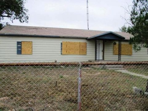 407 B Ave, Jal, NM 88252