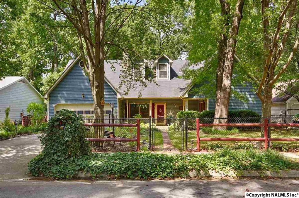 1035 Sandy Springs Rd Nw, Huntsville, AL 35806