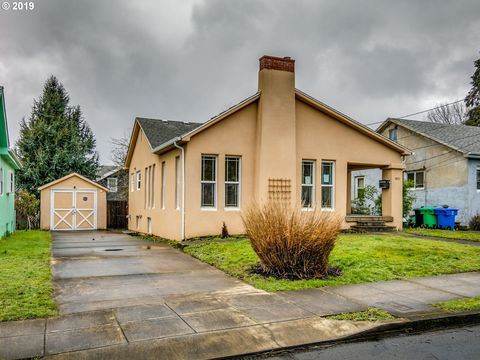 Photo of 1931 Se 58th Ave, Portland, OR 97215