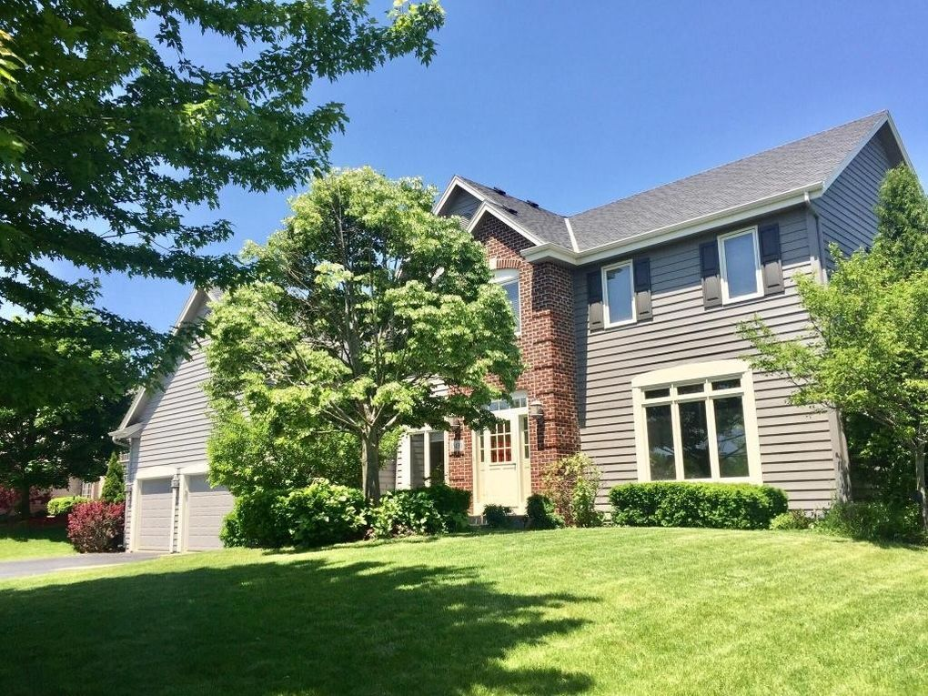 13430 W Edgewood Ave, New Berlin, WI 53151