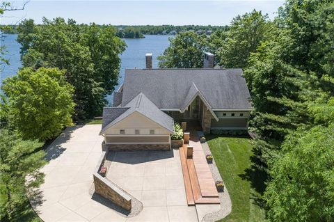 Photo of 9343 Seascape Dr, Indianapolis, IN 46256