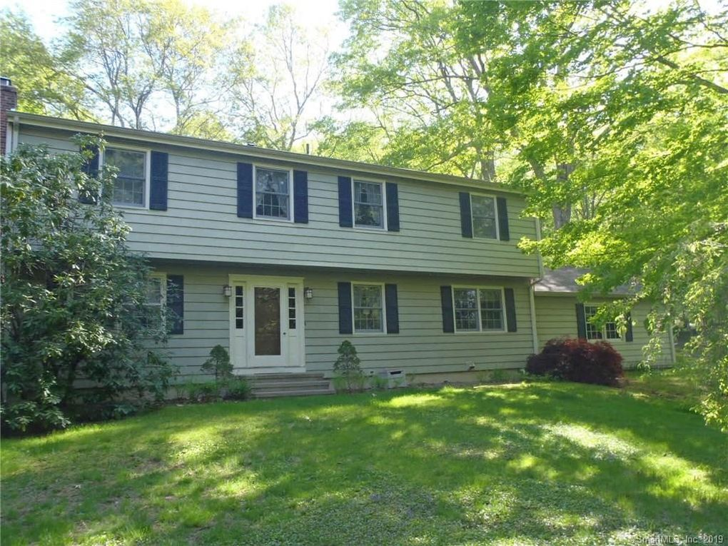 37 Summer Hill Rd, Madison, CT 06443