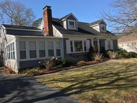 259 Old Town Rd, West Hyannisport, MA 02672